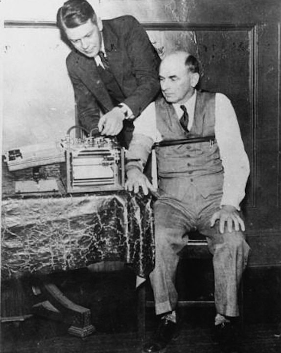 Leonarde Keeler administering polygraph test circa 1937